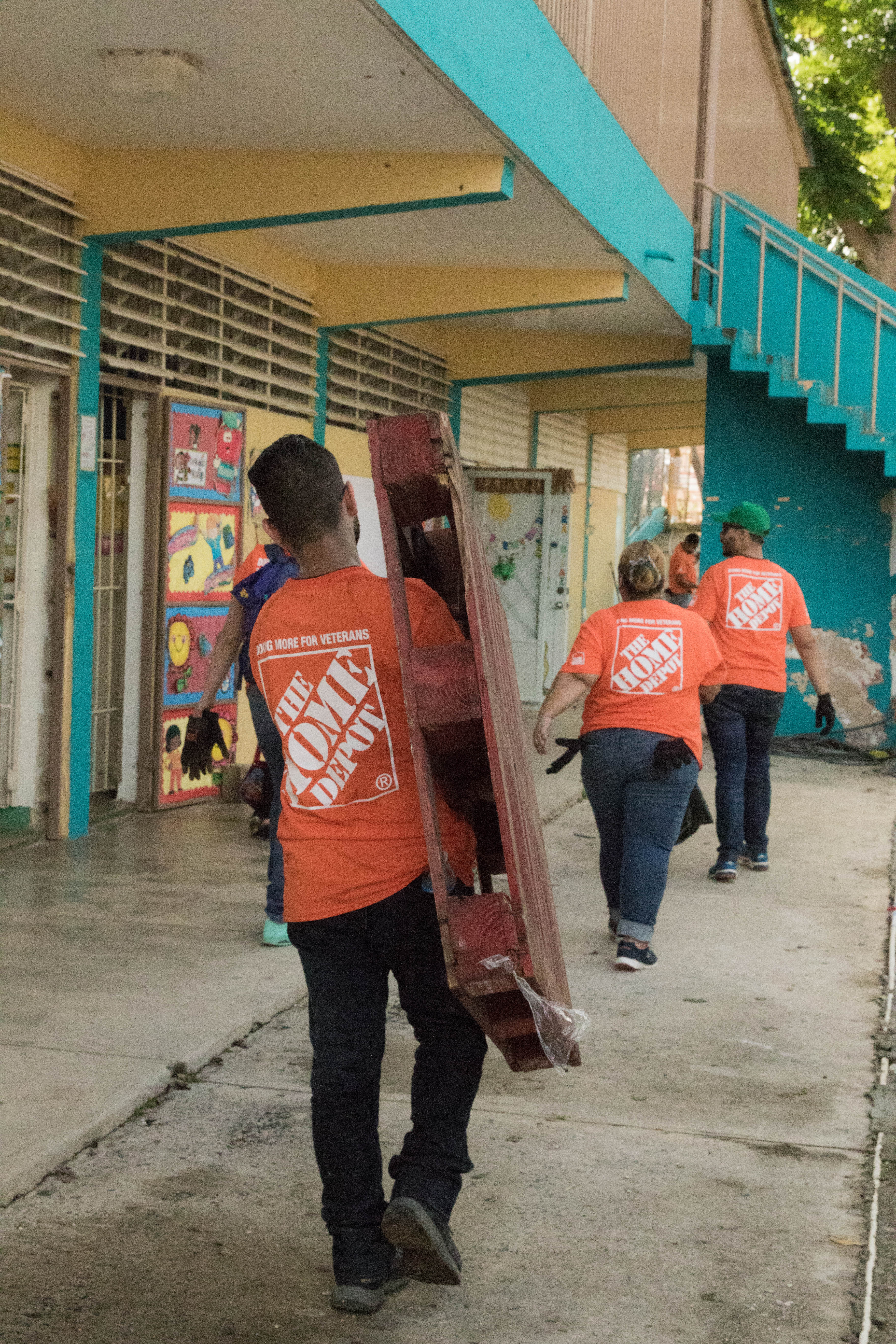 Team Depot rebuilds school in Puerto Rico