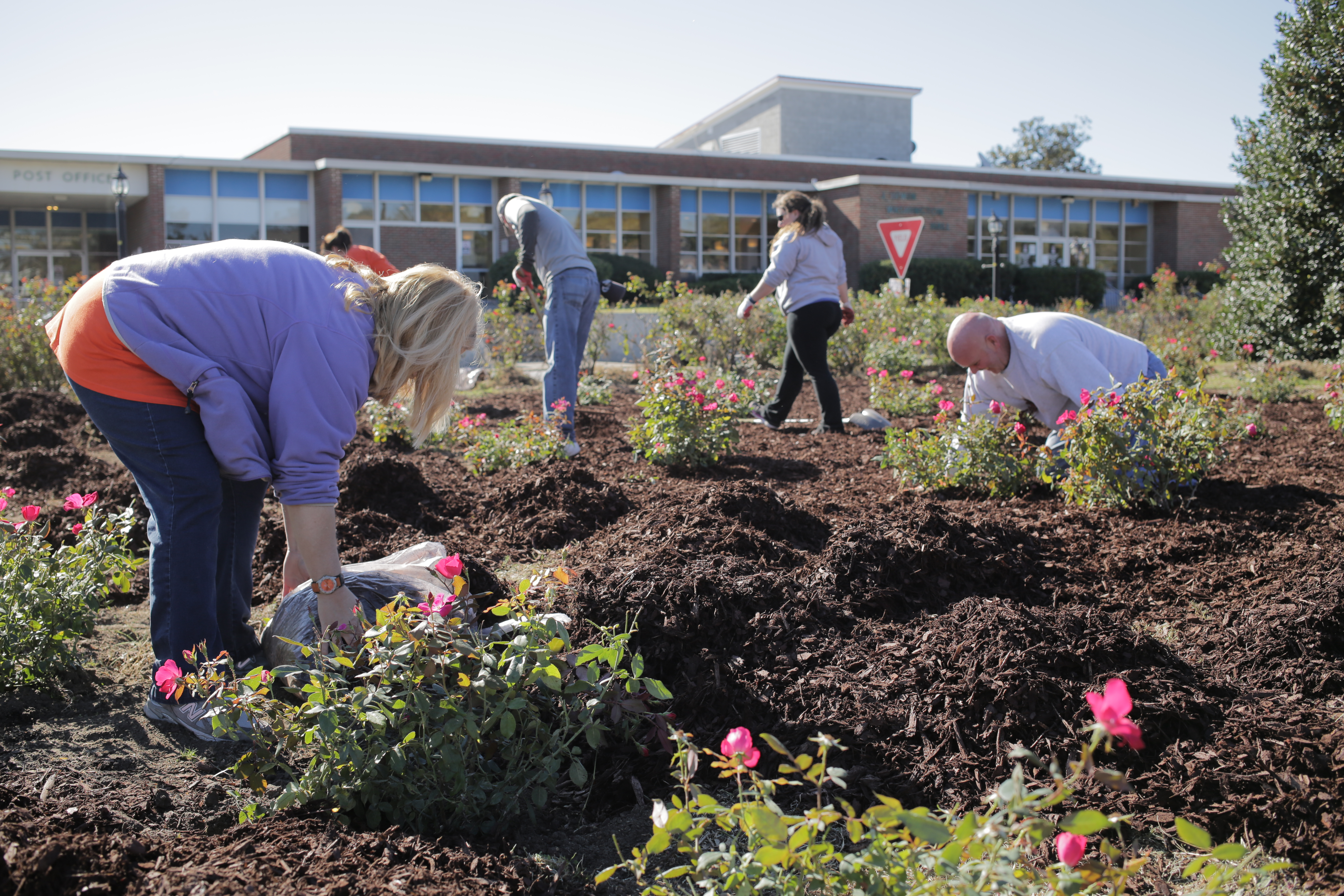 South Carolina State beautifies campus park with Retool Your School grant.