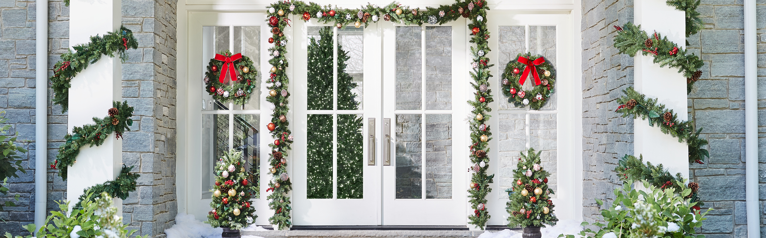 The Home Depot | Five Holiday Decorations You Can Leave Up All Year Long